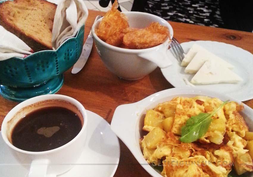 karakoy_naif_kahvaltı