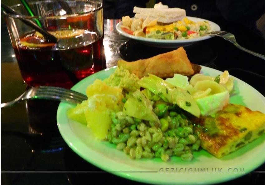 milano_yguana_cafe_aperitivo