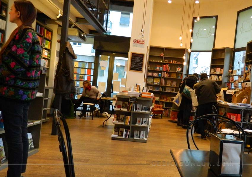 gogol_and_company_milano_bookstore_cafe