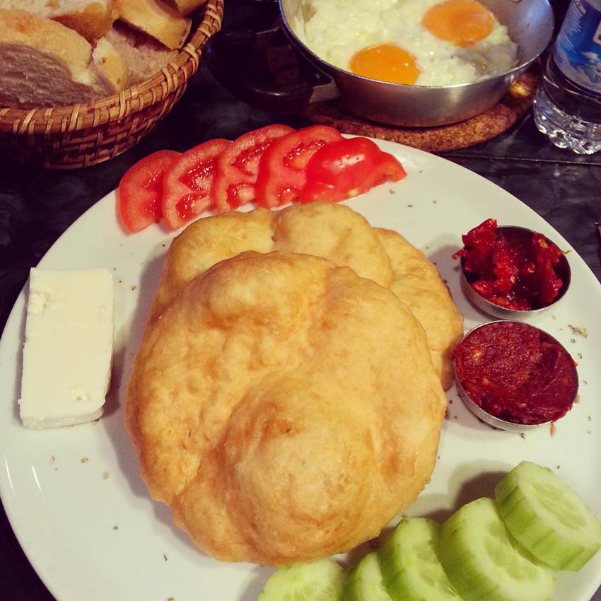 pisi breakfast besiktas