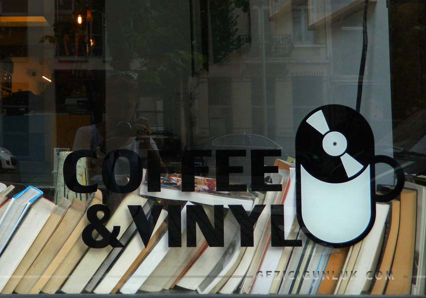 coffee_and_vinyl_antwerp_plak_dukkani