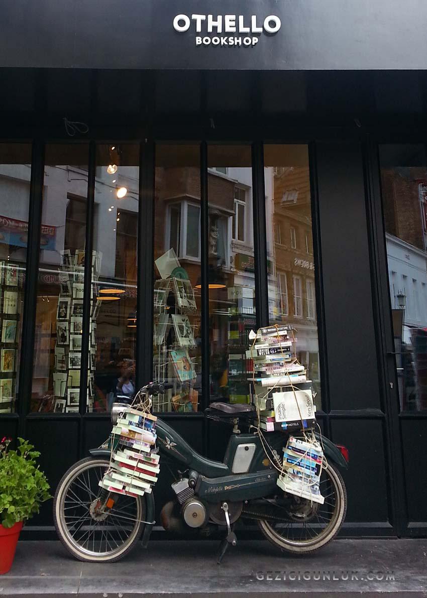 othello_bookshop_antwerp_notlari