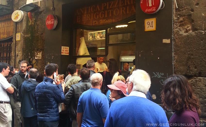 antica_pizzeria_da_matteo_napoli_iyi_pizza