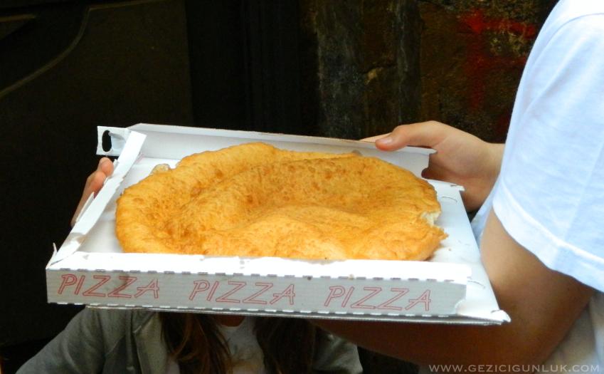kızarmis_pizza_napoli_matteo