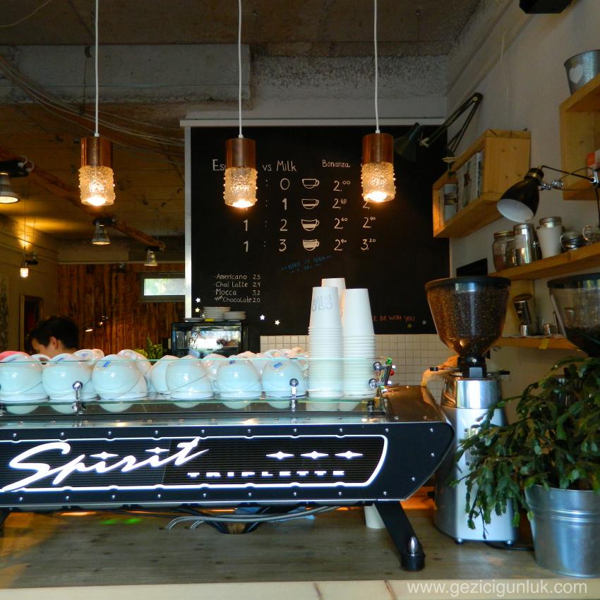 oslo_kaffebar_berlin_yeme_icme_kahve_dukkanlari