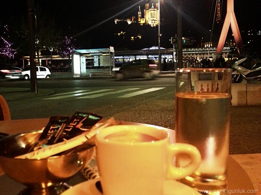 cafe_diplomatico_lyon_gezi_notlari